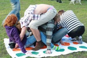 Twister - oblíbená zábava :D