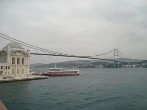 Most mezi Evropou a Asií