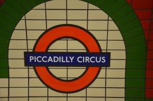 Zastávka metra na Piccadilly
