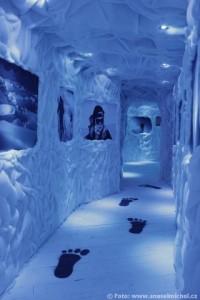 Ledová jeskyně - po stopách Yettiho...