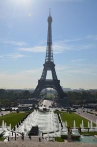 První pohled na Eiffelovu věž