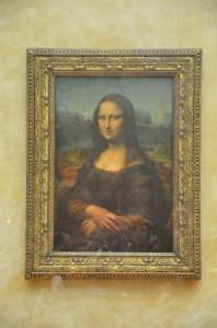 To je ona - Mona!