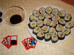 """Sushi a korejská hra """"Go Stop""""...obojí vyvolává rychlou a těžkou závislost 8-)"""